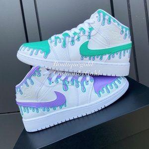 Customs Nike Air Jordan's drip